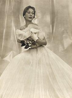 Jacques Fath (Couture) 1949 Photo Philippe Pottier, Evening Gown