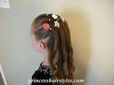 Sweet hair style for little girls.