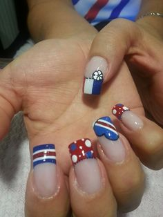Blue is an elegant and always fashionable color: manicure enthusiasts cannot leave it aside for the next season! What are the most beautiful blue nail art? Nail Repair, Costa Rica, Most Beautiful, Nail Designs, Hair Beauty, Nail Art, Nails, Color, Football