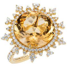 18 Karat Yellow Gold, Yellow Beryl and White Diamond Large Flake Cocktail Ring For Sale