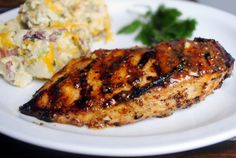 Simply Scratch » Grilled Honey Mustard Chicken Grilling Recipes, Cooking Recipes, Healthy Recipes, Bread Recipes, Grilled Honey Mustard Chicken, Honey Chicken, Sauce Barbecue, Sauce For Chicken, Glazed Chicken