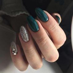 Nagellack Design, Nagellack Trends, Nail Polish, Nail Nail, New Year's Nails, Best Nail Art Designs, New Years Nail Designs, Nagel Gel, Green Nails