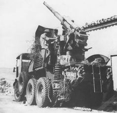 Italian gun Breda WWII - pin by Paolo Marzioli Afrika Corps, North African Campaign, Armoured Personnel Carrier, Italian Army, Ww2 History, Military Pictures, Military Weapons, Vietnam Veterans, Panzer
