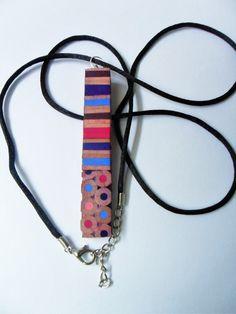 collana ciondolo blu fucsia grigio rosa marrone legno matite colorate di BluanneColorWood su Etsy