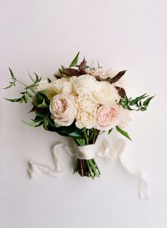 This beautiful bouquet is a wonderful modern take on a classic design.