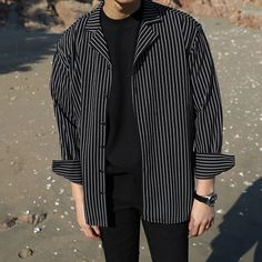 Long Sleeve Shirt Men Black White Vertical Striped Microfiber Smooth Casual Shirt Men Loose 2018 Autumn Harajuku Male Clothes - Men's style, accessories, mens fashion trends 2020 Outfits Casual, Stylish Mens Outfits, Grunge Outfits, Outfits For Men, Hipster Outfits, Grunge Look, Grunge Style, Mode Streetwear, Streetwear Fashion