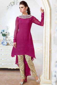 Rose Georgette pantalons Suit Prix: -125,69 € Rose Georgette , semi costume stictch pantalon . Col rond , longueur genou dessus , manches pleine kameez . Crème santoon pantalon . Dupatta en mousseline de soie rose . Il est parfait pour vêtements de mariée, vêtements de sport , vêtements de fête et de l'usure du parti.  http://www.andaazfashion.fr/pink-georgette-trouser-suit-dmv13527.html