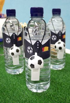 Throwing a football party? Kick off your celebrations with our football party food ideas - perfect for kids' parties and Euro 2016 celebrations! Birthday Party Snacks, Soccer Birthday Parties, Football Birthday, Football Themed Parties, Birthday Ideas, Soccer Theme, Sports Party, Water Bottles, Free Football