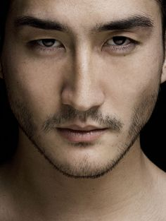 Tony Thornburg - Anthony Thornburg is a Japanese-Swedish-Norwegian model