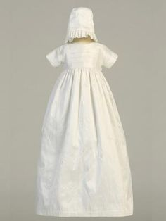 http://www.adorablebabyclothing.com/csuits/LTJamie.html Silk Heirloom Christening Gown (Unisex) #christeninggown