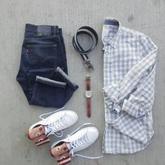 "CAPSULE WARDROBE (@capsulewardrobemen) on Instagram: ""Repost @silverfox_collective) --------------------------------------------------- Shirt:@gap…"""