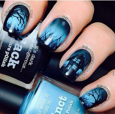 This Halloween nail art tutorial features a spooky haunted house scene that glows in the dark. Definitely perfect for Halloween! Crazy Nails, Fancy Nails, Love Nails, Diy Nails, Pretty Nails, Nail Nail, Nail Polishes, Polish Nails, Nail Art Halloween