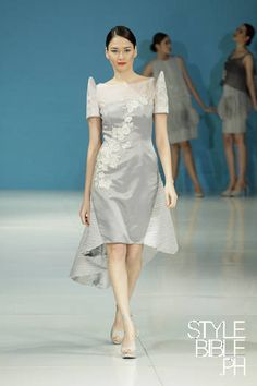 Spotted an update on the Filipiniana at Edgar Madamba's S/S 13 Philippine Fashion Week #PhFW collection