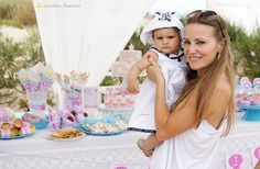 This party was on the beach and that was our chosen theme for the first birthday of a little girl