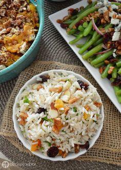 Arroz Navideño (con frutos secos y chabacanos) www.pizcadesabor.com Rice Recipes, Veggie Recipes, Mexican Food Recipes, Pasta Recipes, Real Food Recipes, Cooking Recipes, Yummy Food, Healthy Recipes, Cooking Instructions