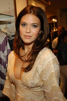 I want to go to college to study journalism. I want to speak French fluently, to travel. My mom was a journalist and it's in my blood. Mandy Moore