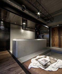 板橋 25 坪工業風黑色水泥個性宅 - DECOmyplace