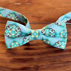 Boys Bow Tie  Boy's Blue Medallion Print Cotton by becauseimme