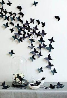 Бабочек можно прикрепить булавками к стене. Декор стен своими руками