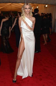 Anja Rubik Cutout Dress - Anja Rubik upped the risque ante at the Met Gala in this white slashed silk gown with an up-to-there slit. Gala Dresses, Red Carpet Dresses, Satin Dresses, Nice Dresses, Formal Dresses, Sexy Dresses, Evening Dresses, Anja Rubik, Met Gala Red Carpet