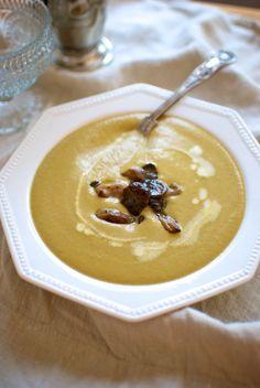Sopa de setas y nueces, receta de Navidad