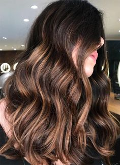42 fall-winter brunette balayage highlights 2018 new short hairstyles, spring hairstyles, layered Balayage Hair Copper, Balayage Hair Blonde Medium, Balayage Hair Caramel, Balayage Highlights, Hair Color Balayage, Curly Highlights, Strip Steak, Portobello, Hair Styles 2014