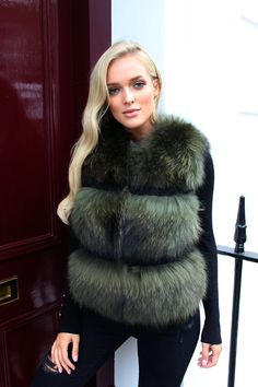 - Fox Fur - Rabbit Fur on Sleeve Detail - Satin Lining - True to Size - Model Wearing UK 8 Fox And Rabbit, Rabbit Fur Coat, Fur Gilet, Fabulous Furs, Fox Fur Coat, Fur Fashion, Fur Jacket, Coats For Women, Winter Outfits