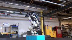 backflip-robot.gif (440×248)