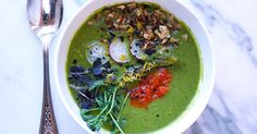Try this delicious and healthy green vegan soup recipe. Try this delicious and healthy green vegan soup recipe. Diet Soup Recipes, Healthy Chicken Recipes, Raw Food Recipes, Gourmet Recipes, Gourmet Foods, Juice Recipes, Delicious Recipes, Salad Recipes, Dinner Recipes