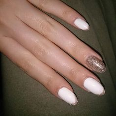 White & Gold summer nails!