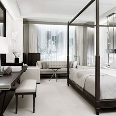 In a city with hundreds of hotels, it takes a lot to impress people. The new Baccarat Hotel might just be the one of the best standouts. The location on West 53rd Street is across from the Museum of Modern Art and the interior featured their own gallery wall of art. and awe inspiring Baccarat chandeliers. The designers […]