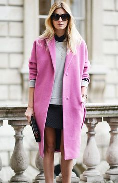 Black, grey and statement pink. One of my fave outfit colour palettes.
