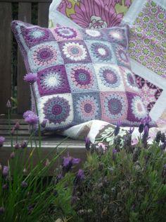Betsy Makes ....: Crochet Cushion with love....