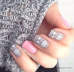 nail design. Perfect for winter!