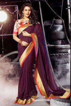 l'art de café sari de soie avec chemisier en soie d'art prix:-49,20 € nouvelle collection de saris concepteur d'arrivée sont maintenant en magasin présenté par Andaaz la mode comme l'art du café sari de soie avec chemisier en soie d'art. embelli avec, concepteur Pallu, bateau chemisier col, manches moitié, chemisier. cette robe est préfet pour la fête, mariage, fête, cérémonie http://www.andaazfashion.fr/purple-art-silk-saree-with-art-silk-blouse-dmv7809.html