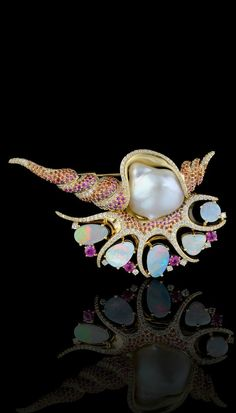 Shell brooch by Master Exclusive Jewellery - Ocean secrets collection