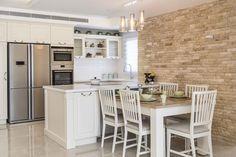 Вам больше нравятся номера: ремонтируют квартиры модели в Тират Кармель    Строительство и жилье