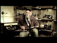 Don't Know Why She Love Me But She Do (Live) – Seasick Steve (2011). Steven Gene Wold, AKA Seasick Steve, is the real deal. A well travelled, educated and likeable man with the stories, tattoos and music to prove it. #Blues #Unplugged