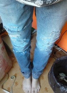 Pants, Fashion, Moda, Trousers, Fashion Styles, Women's Pants, Fashion Illustrations, Women Pants, Fashion Models