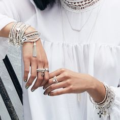 Metallic nails and dazzling stacks •