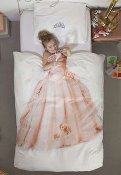 My little girl would have these sheets for sure ❤️