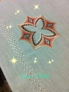 Discover thousands of images about Bargello Broderie Bargello, Bargello Needlepoint, Needlepoint Stitches, Needlework, Bargello Patterns, Crochet Stitches Patterns, Cross Stitch Patterns, Ribbon Embroidery, Embroidery Designs