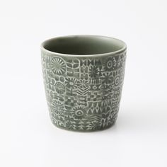 BIRDS' WORDS PATTERNED CUP: キッチン・テーブルウェア デザイン家具 インテリア雑貨 - IDEE SHOP Online