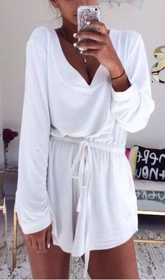 Street style | Long sleeves white romper
