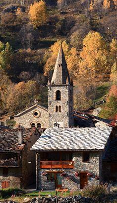 Village de Bonneval sur Arc en Savoie, France www.pinterest.com... A visiter avec les Guides du Patrimoine des Pays de Savoie www.gpps.fr/...