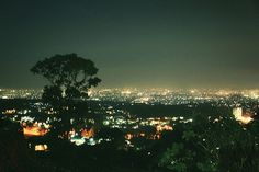 Bukit Bintang Bandung: is one of the tourist destinations of Bandung which is quite popular, especially among young people. not only are the young couple from the city of Bandung, the tourist from out of town also throng - throng the hill to visit the star, with the beauty of Bandung city lights at night