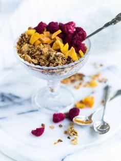 Great Recipes, Favorite Recipes, Granola, Acai Bowl, Cereal, Mango, Brunch, Meals, Breakfast