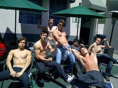 Ladies I present to you, the men of Wizards of Waverly Place ;)