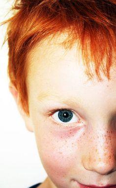 Crianças com ar travesso... Jovens mulheres com rosto emoldurado de cor Cabelos ruivos da sensualidade ao amor!