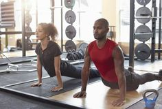 Should You Try a Couples Workout?